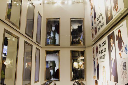 Plafond tendu miroir haute définition pour Celio Rue Rivoli