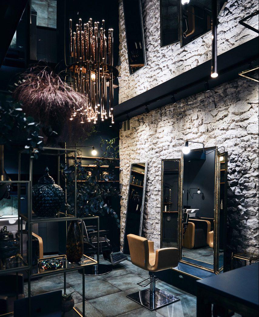 Plafond tendu miroir HD pour studio coiffure