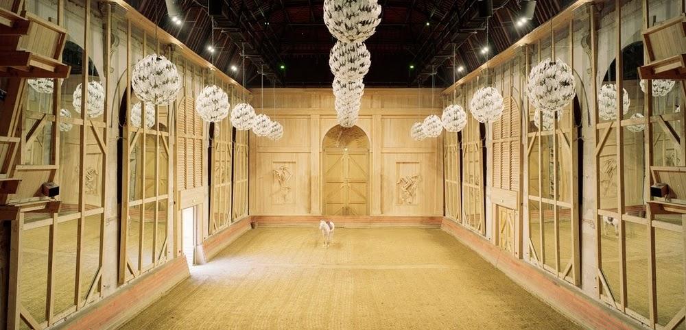 2005-cyrilleweiner_academie-equestre_like-mirror-mirolege